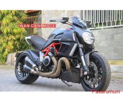 DUCATI DIAVEL RED CARBON FP TERMIG FS->Motor