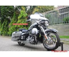 HD Streetglide  CVO 2015 silver glitter (One & only di Indonesia)->Motor