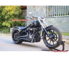 HD Softail Breakout 2014 ABS 1800 mile full asesoris->Motor