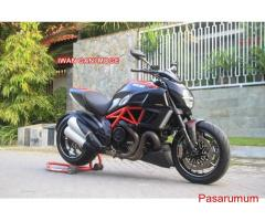 Ducati Diavel Red carbon 2013 FP plat B KM 5000